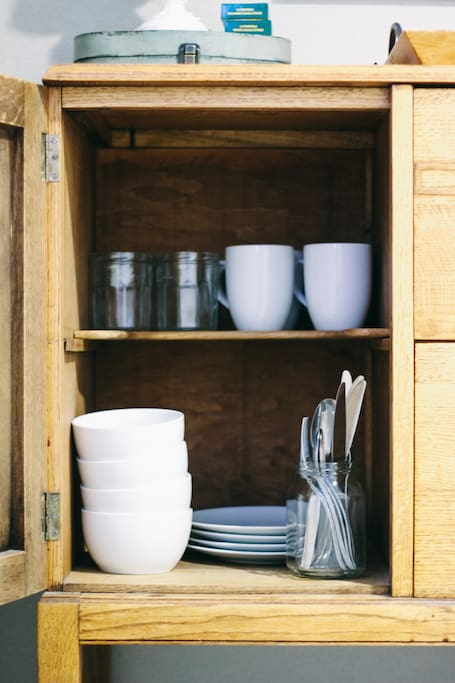 Kitchen Dishes and Silverware