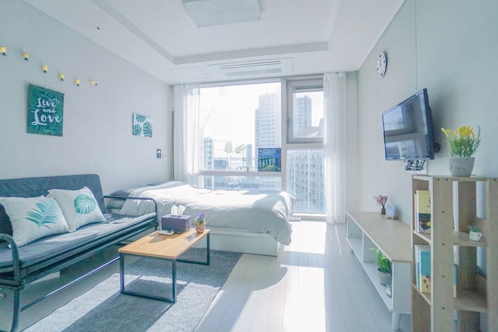 [Awesome View & Best Location] Busan Modern Home