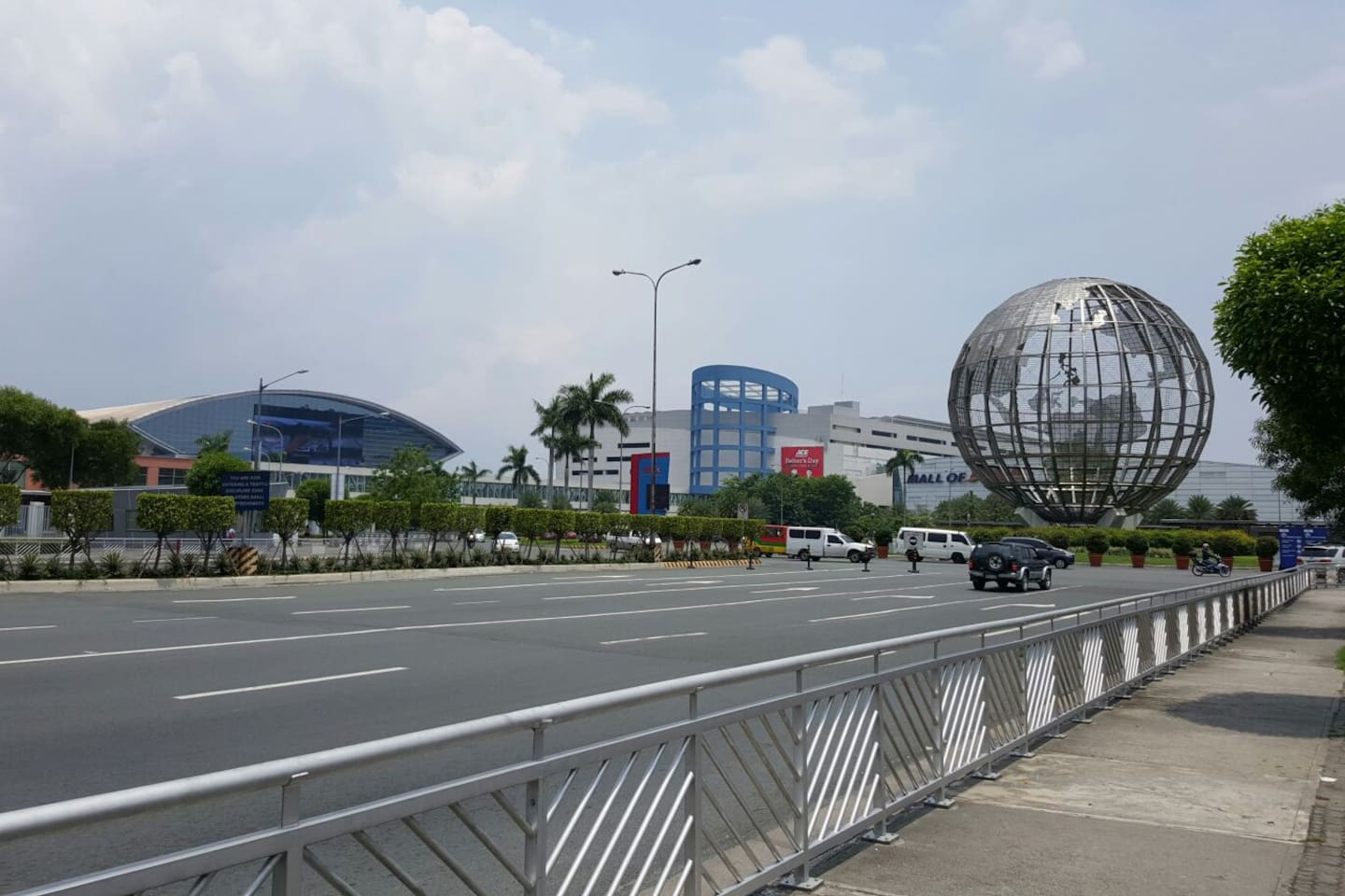 Mall of Asia view from front of tower