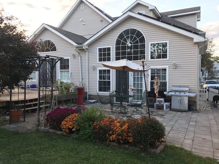 Comfee Garden House