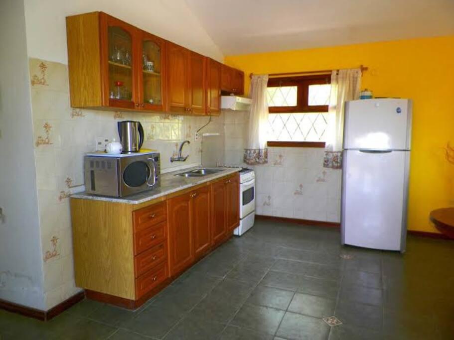 Piri polis uruguay 3 dormitorios ideal familias for Muebles en maldonado uruguay