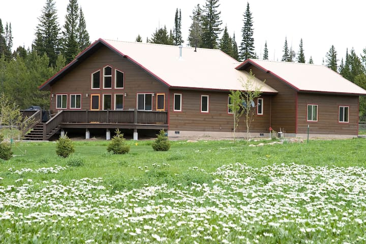Elk Crossing Vacation House