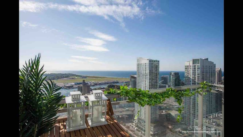 Family friendly CnTower&Lakeview/FreeParking