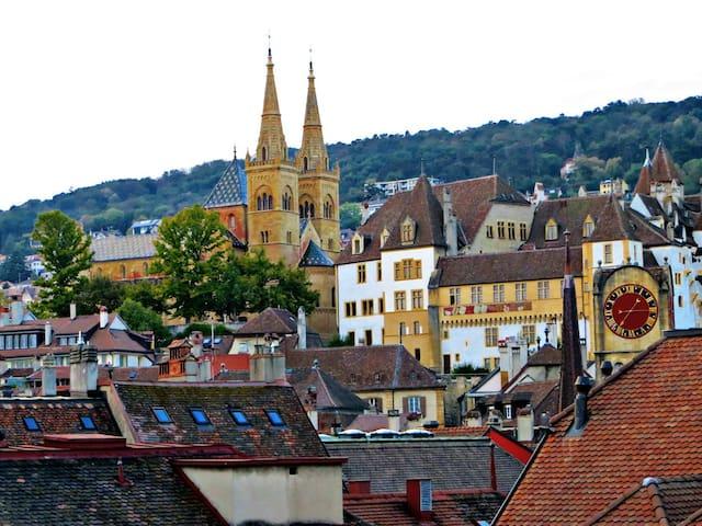 Comfy Mansard in Central Neuchâtel