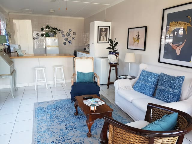 Friendly, fun cottage in prime Umhlanga.