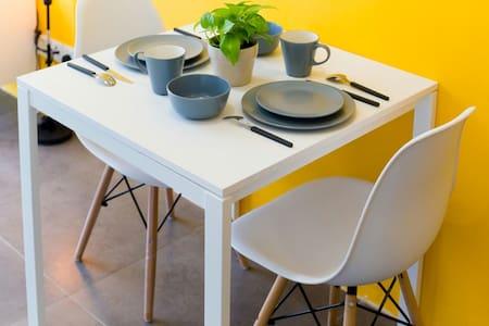 *YELLOW MUSTARD STUDIO* @ IKEA - Petaling Jaya - Apartamento