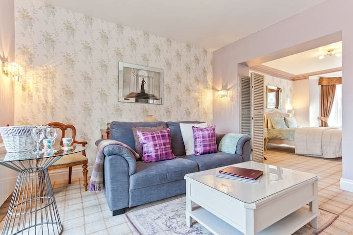Bowness Bay Suites - Buttermere Suite
