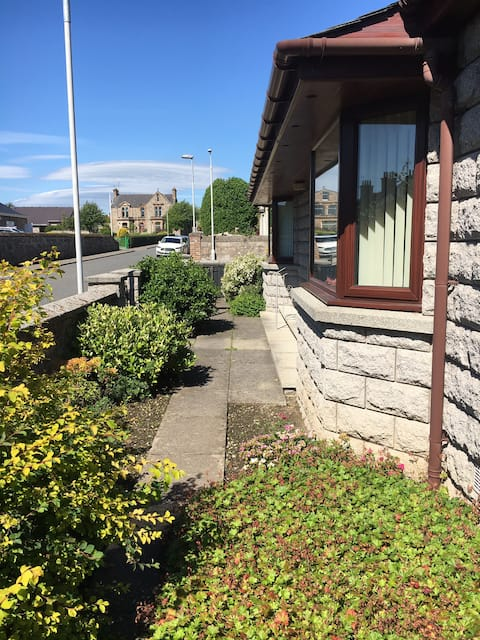 Alimar, a charming house in the centre of Huntly