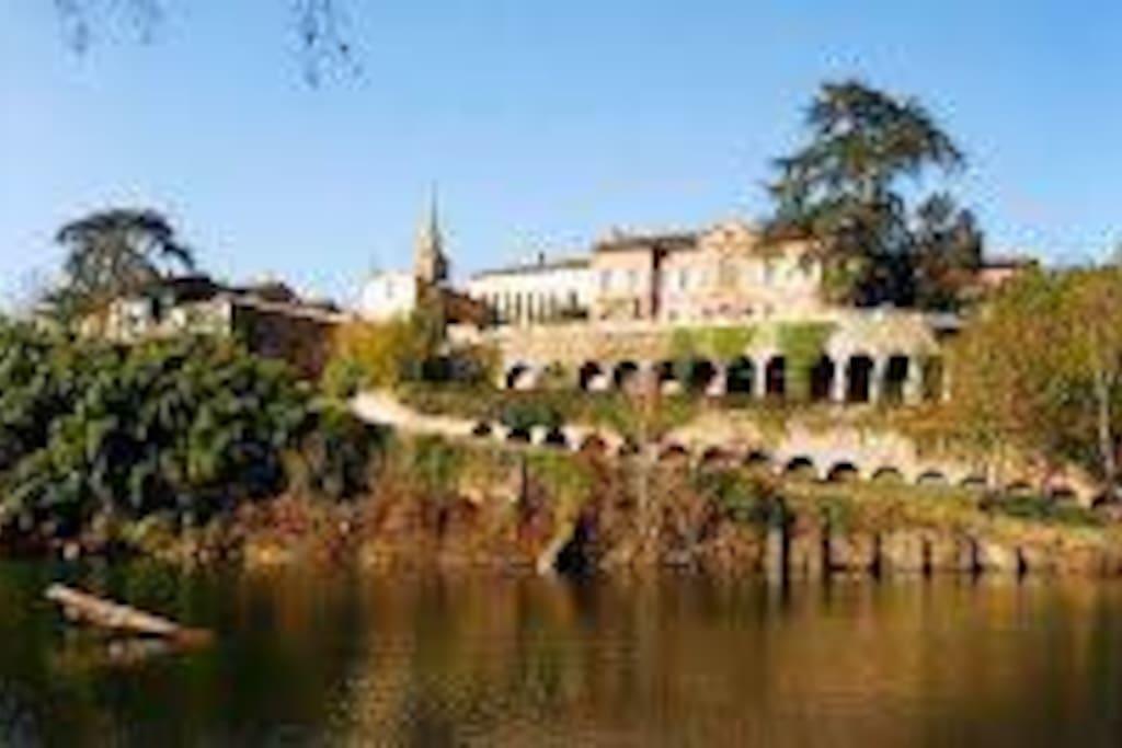 Bastide Portuaire du XIIIème siècle