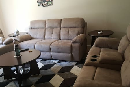 Pleasant Place near Duke and Downtown - Apartamento