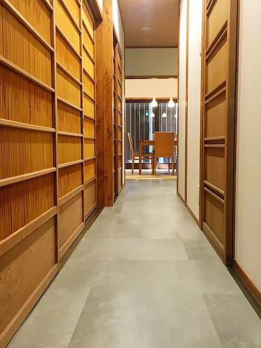 1F Hallway 走廊