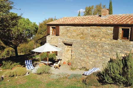 Holiday cottage with 1 bedroom on 90m² in Cinigiano -GR-