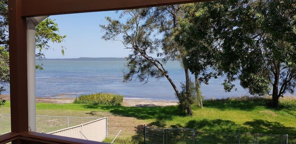 Gorokan Lake House 1