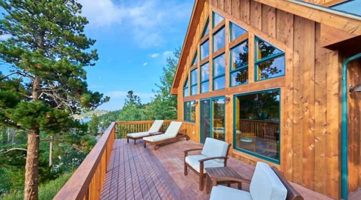 Luxury Mountain Vista Retreat