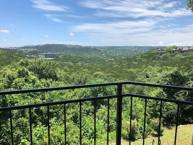 Austin condo with gorgeous view