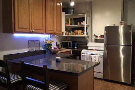 LARGE 2 Bedroom Midtown Manhattan Apartment!