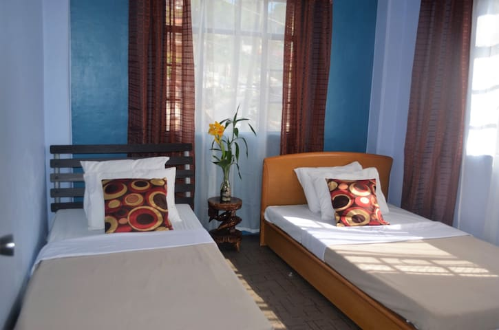 A Sunny Room with a warming atmosphere - Baguio