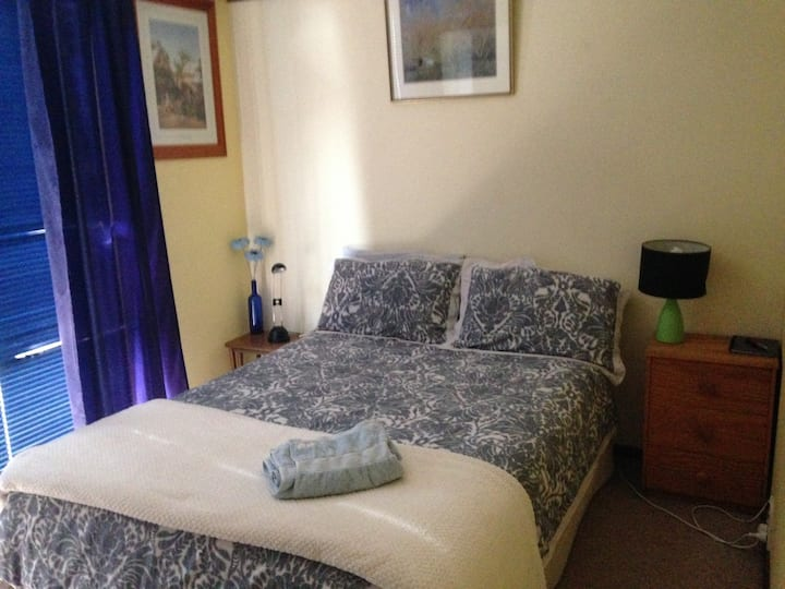 One Double bed  in Private Home in Wanniassa - $54