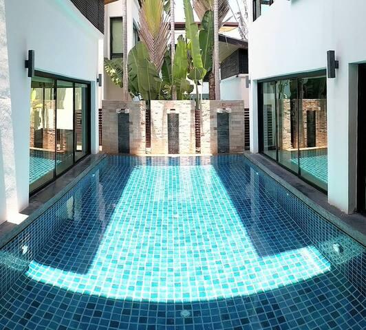 普吉新商城Central Phuket /Chillva夜市附近独栋私家泳池4卧室时尚豪华别墅