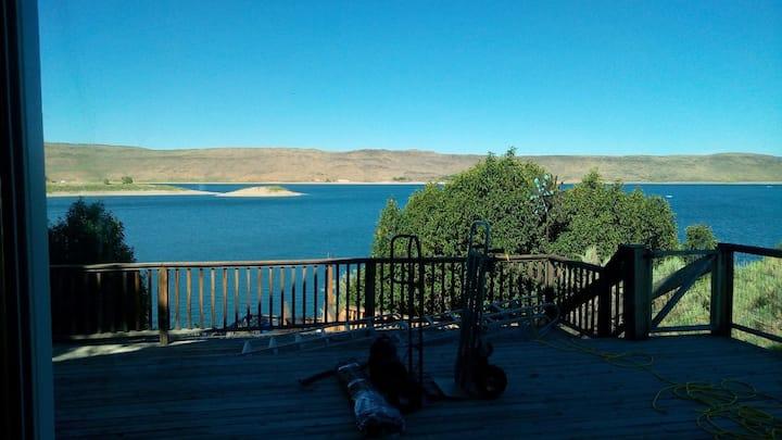 Lakehouse at Magic Reservoir (West Magic)
