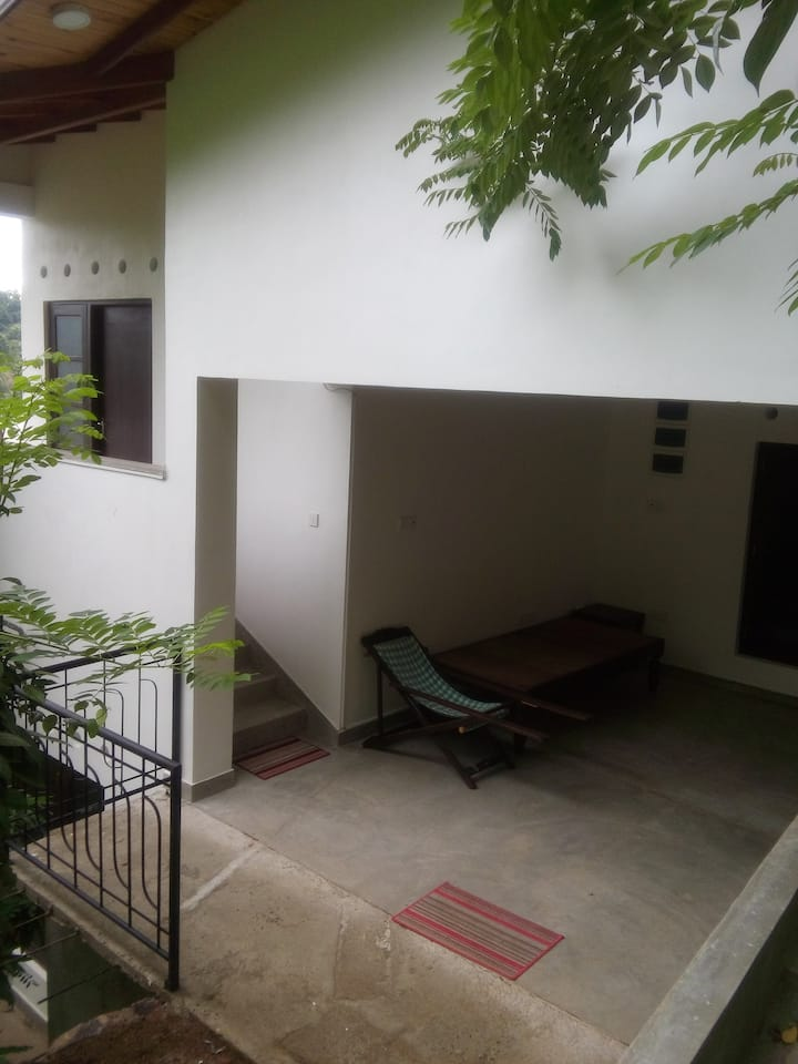 Muduna Dome House