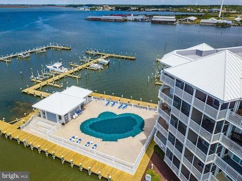 Direct Chesapeake Bay Waterfront Condo