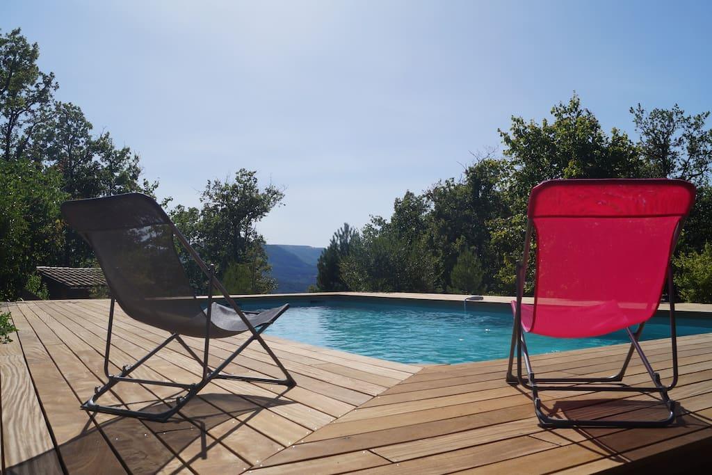 piscine vue collines