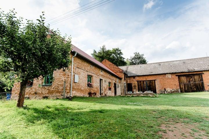 Farm cottage in Zhorec nearby Bezdruzice