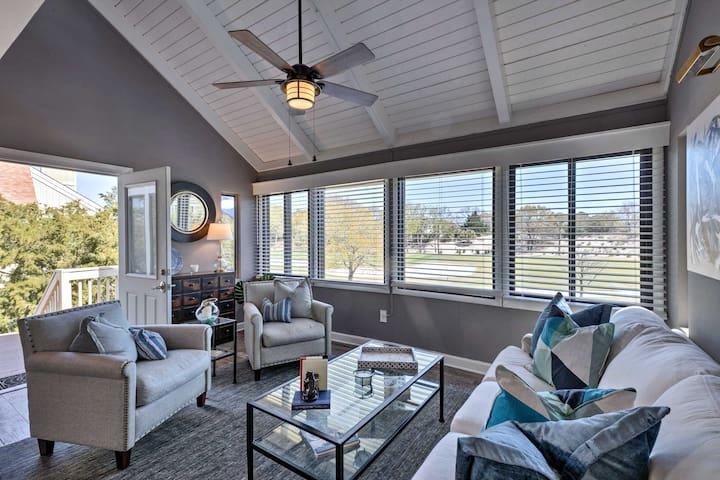 Modern Seabrook Resort Villa- Walk to Beach & Golf