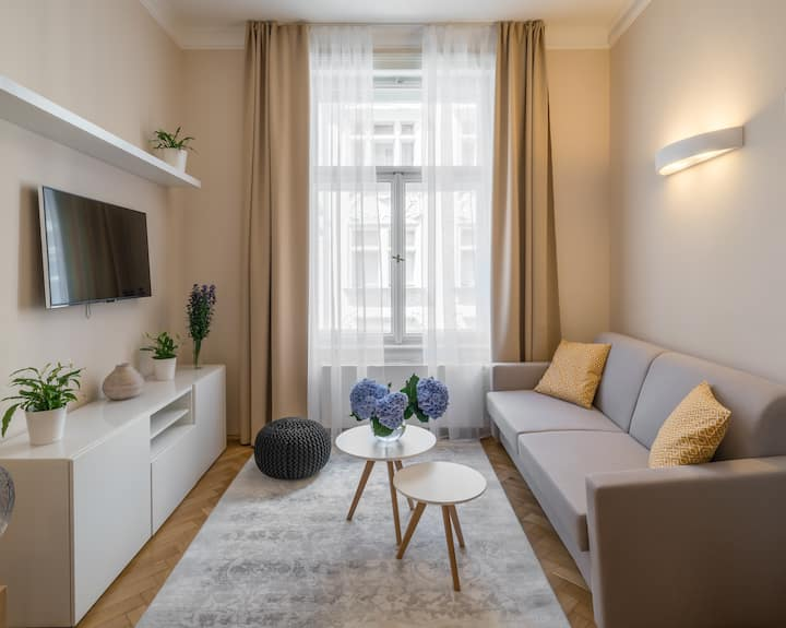 One Bedroom Apartment Mordecai in the Old Town