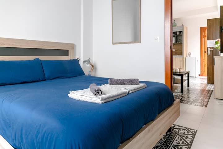 Apartamento completo con baño privado-2