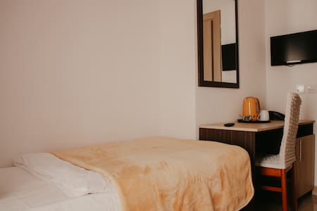 Classic Single Room with Breakfast @ Villa Matić