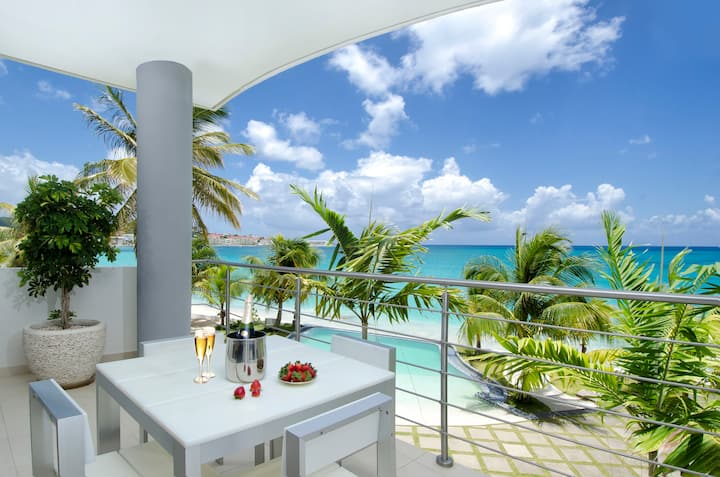 Paradise Found, St. Maarten