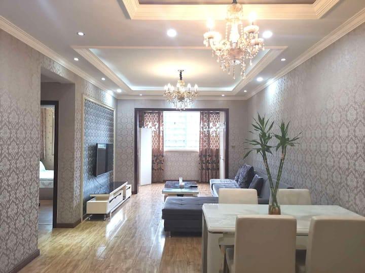 重庆市妇幼保健(冉家坝院区)院对面两室一厅