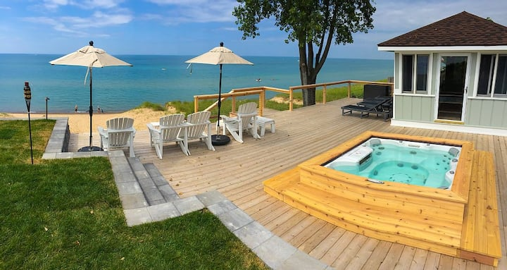 Luxury Lakefront Home w/ Private Hot Tub, Large Yard, Association Beach & WiFi!