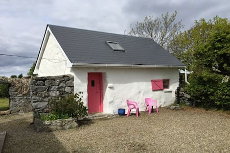 Aughinish Island Cottage, Kinvara - Aughinish - Ev