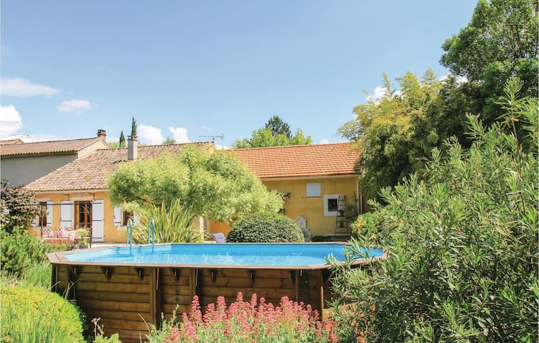 Semi-Detached with 3 bedrooms on 124m² in Pernes les Fontaines
