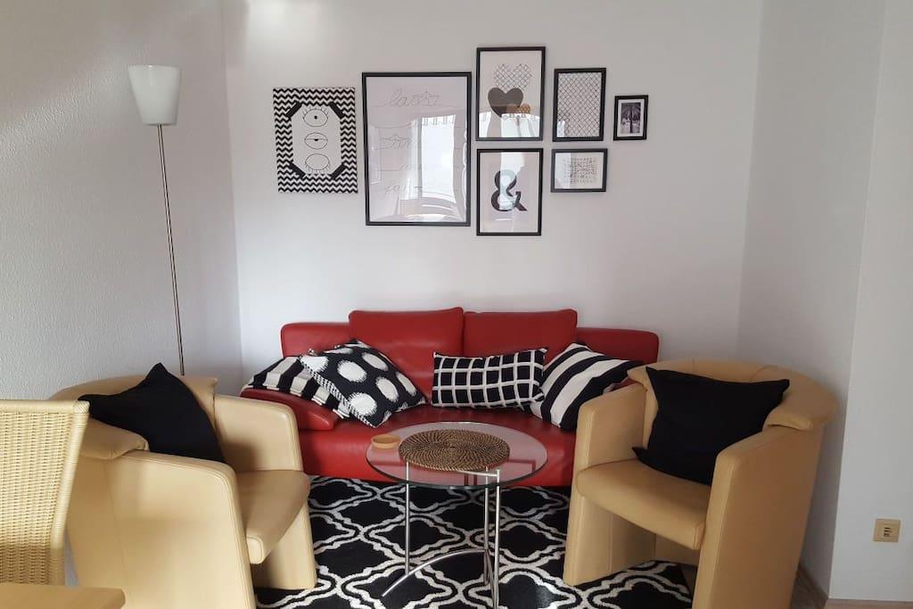 moderne 2 zimmer wohnung zentral in bad kissingen wohnungen zur miete in bad kissingen bayern. Black Bedroom Furniture Sets. Home Design Ideas