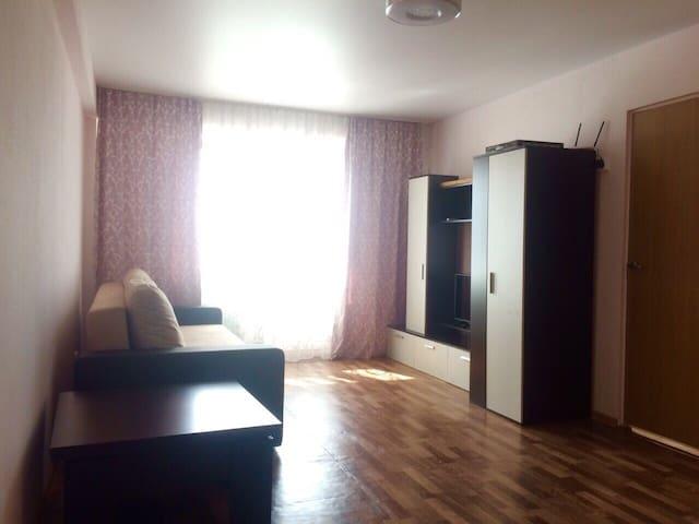 Солнечная квартира в ЖК Урожайный - Адлерский - Apartamento