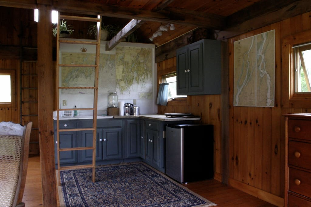 Maps of Merrymeeting Bay and the Eastern river (which is right across the street from the cabin) line the walls of the kitchen so you can plot your canoe trip