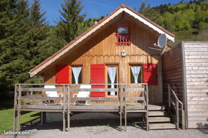 Agréable Chalet** 8 pers., Sauna, WIFI, Alt 800 m