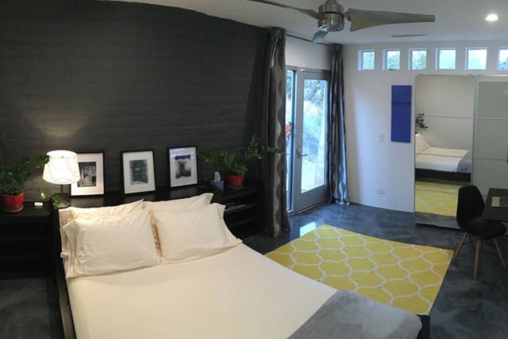 First bedroom suite with independent entrance.
