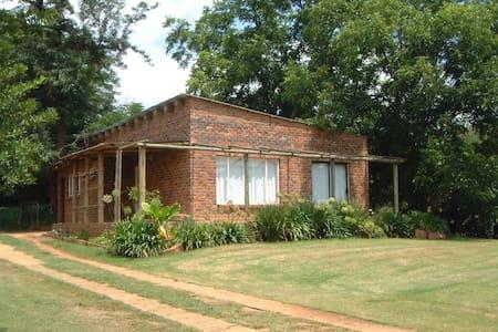 Charis Eco Farm - Magaliesburg - House