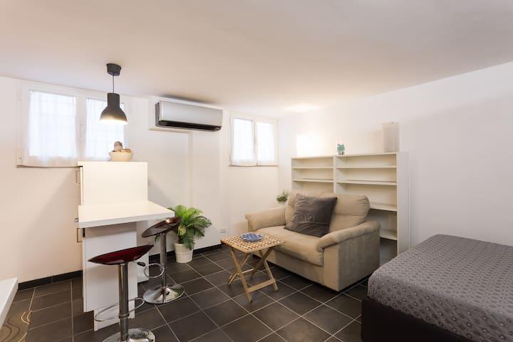 Casa Vacanze Roma Via Courmayeur - Roma - Loft
