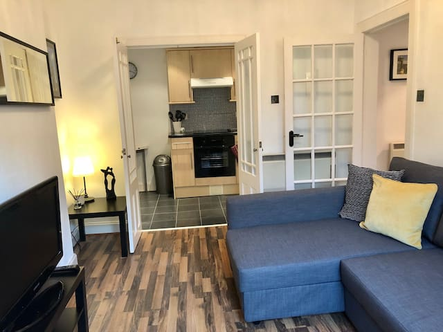 Cosy flat in Gorgie, near Edinburgh city centre