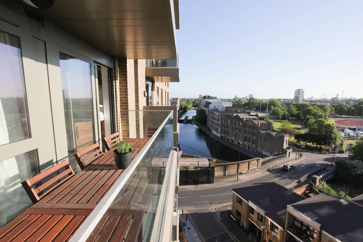 Canal View - Entire flat (2 Bedroom / 2 Bathrooms) - London - Apartment