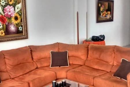 Habitación cómoda, como sentirse en casa - Bucaramanga
