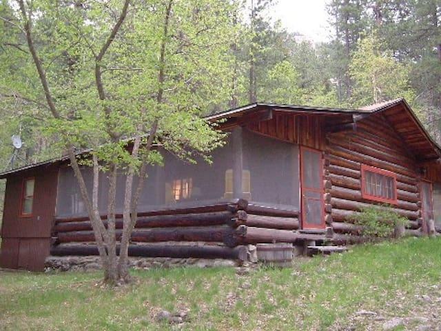 Log Cabin Living - Spearfish - Cabin