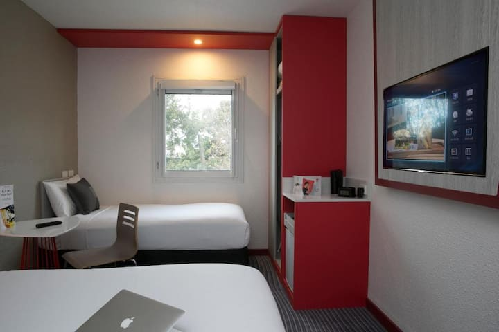 Comfy Room Near Kingsford Smith International Airport
