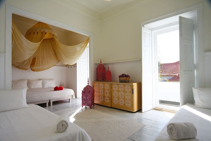 Carcavelos Private Room Aloha Beach House Parede